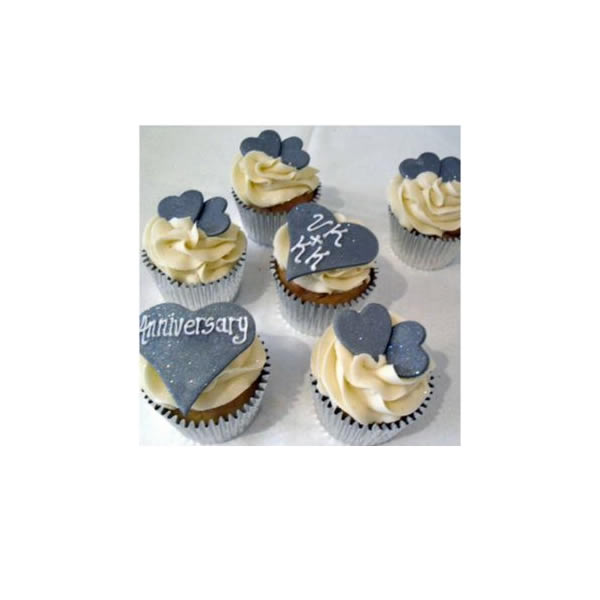 Chic Silver Cupcakes